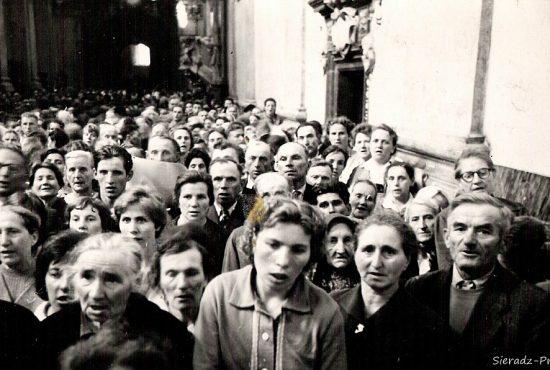 Sieradzka pielgrzymka w Bazylice, 1961